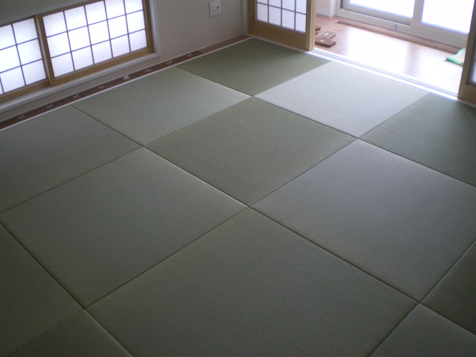 へりなし琉球畳(天然い草&銀白色)