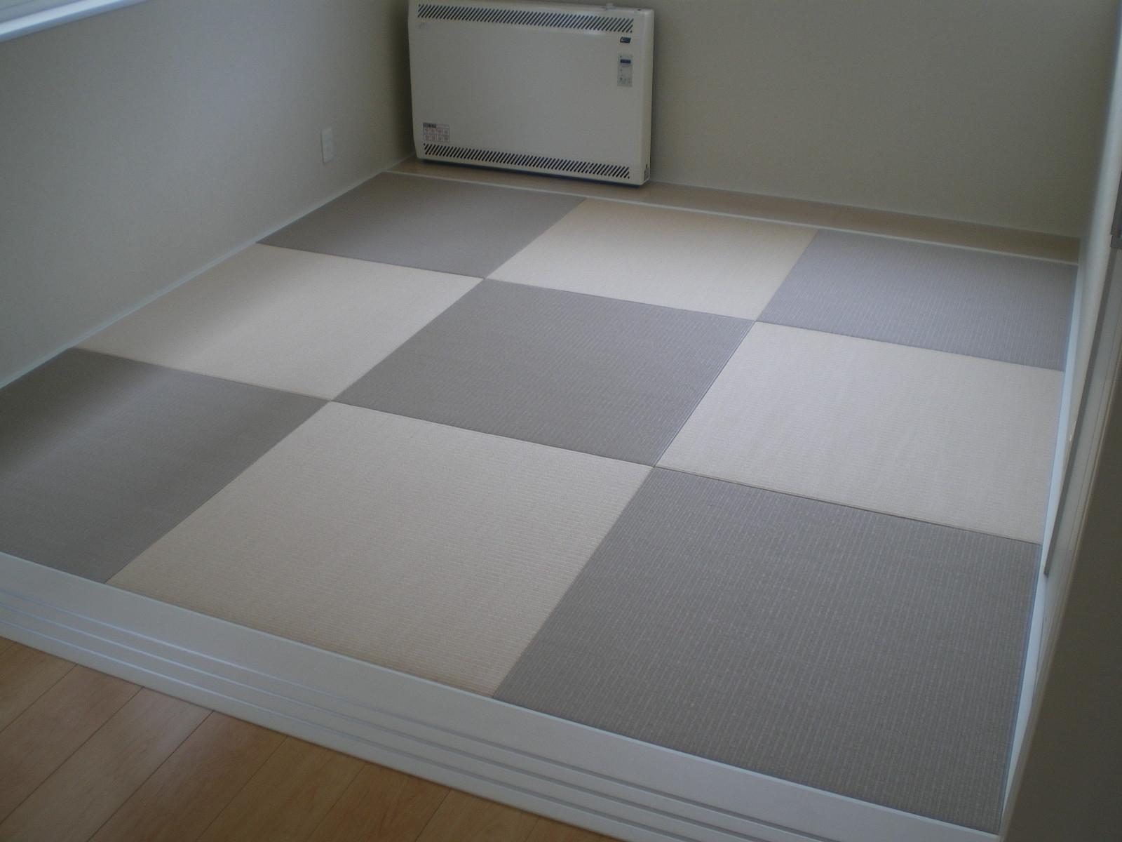 へりなし琉球畳(灰桜色×白茶色)