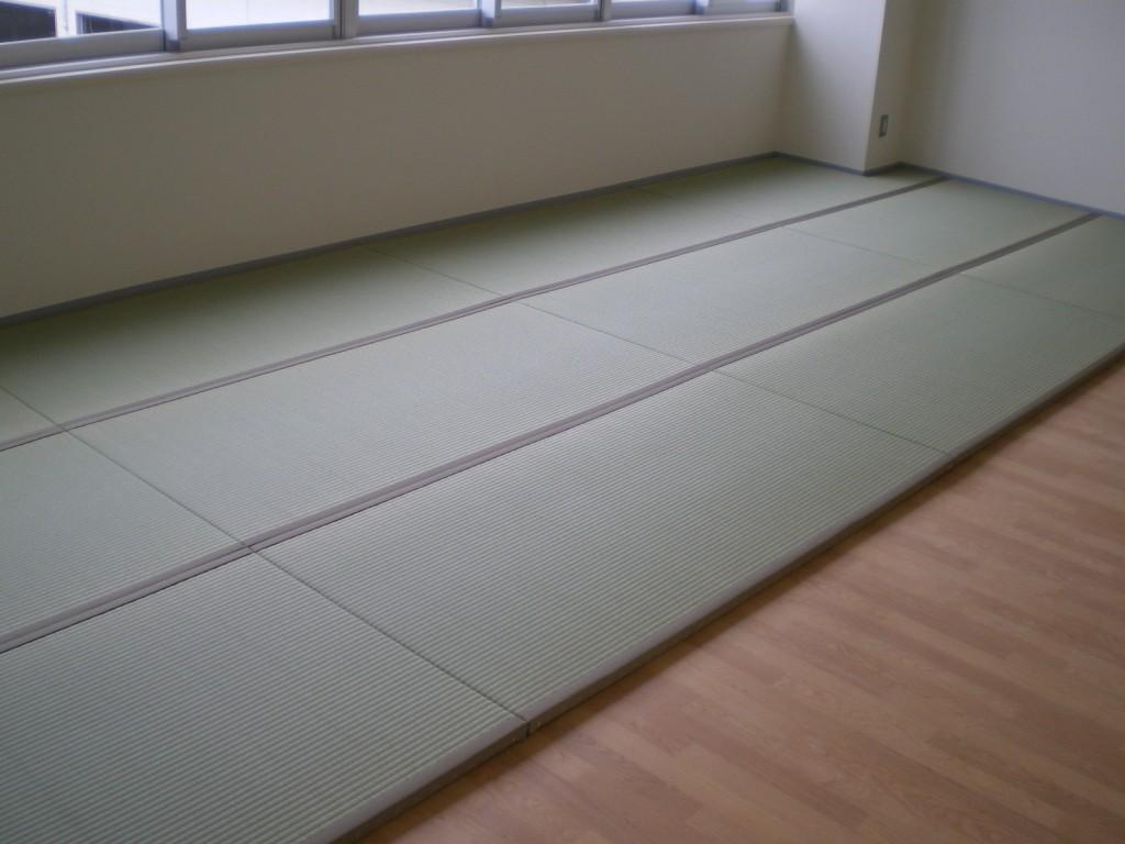 施設の新畳