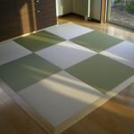 へりなし琉球畳(銀白色&カクテルフィット白茶色×灰桜色)